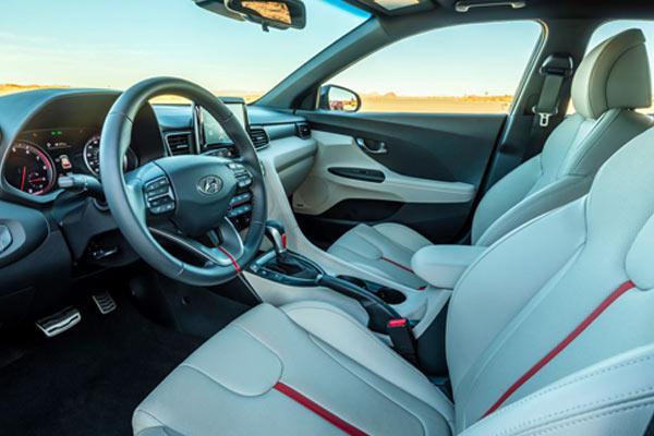 فروش اقساطی Hyundai veloster 2018