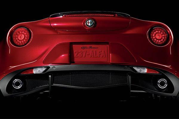امکان بی نظیر فروش اقساطی آلفارومئو 4C در سپند خودرو