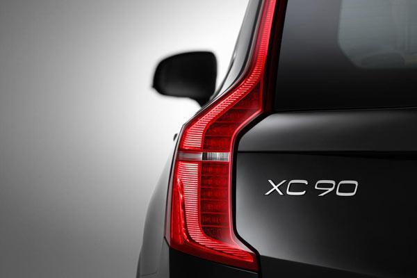 مشخصات فنی ولوو XC90 مدل 2018