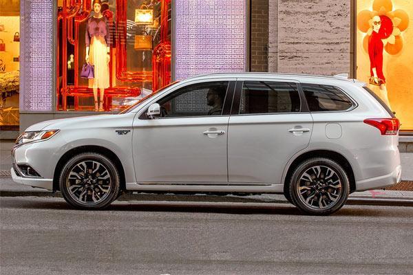 فروش اقساطی Mitsubishi outlander phev