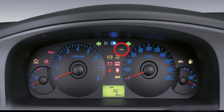 سیستم کنترل کشش چگونه کار می کند؟