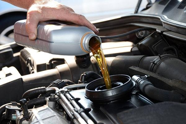 تعویض روغن از ترفندهای سالم ماندن موتور خودرو
