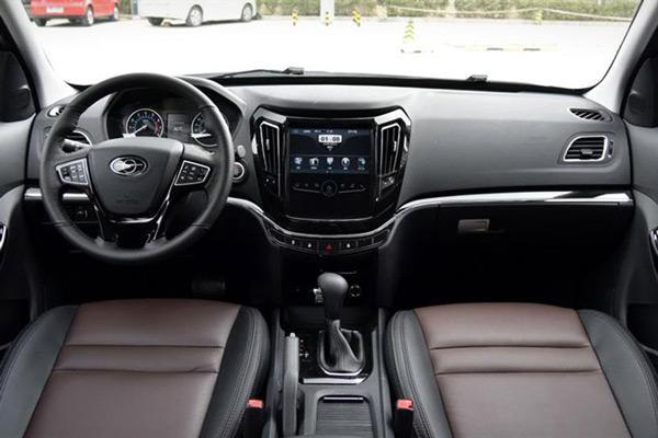 طراحی داخلی و کابین خودرو هایما اس 7 پلاس